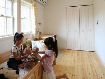 子供達はそれぞれ自分だけの部屋ももちワクワクしながら生活しています。