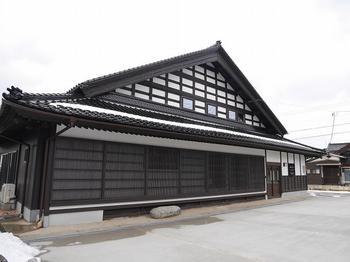 伝統的な能登Ⅱ型の間取りを活かし、もてなす住まいになりました。 富山