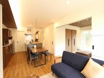 2階を減築してコンパクトな生活スタイル。客間もしっかり確保できて地震に強い家