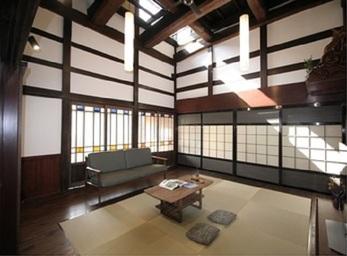 活用できていなかった和室が家族の集う空間に生まれ変わりました。
