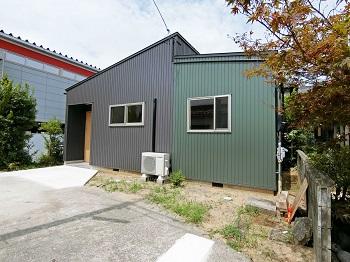 komatsu-oki(housing)genkan1.jpg