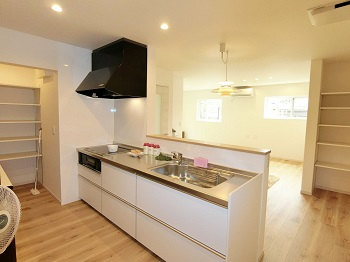 komatsu-oki(housing)kitchen1.jpg